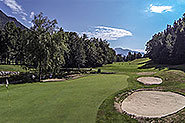 Play golf near lake wolfgang