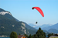 Paragliding around lake Wolfgang